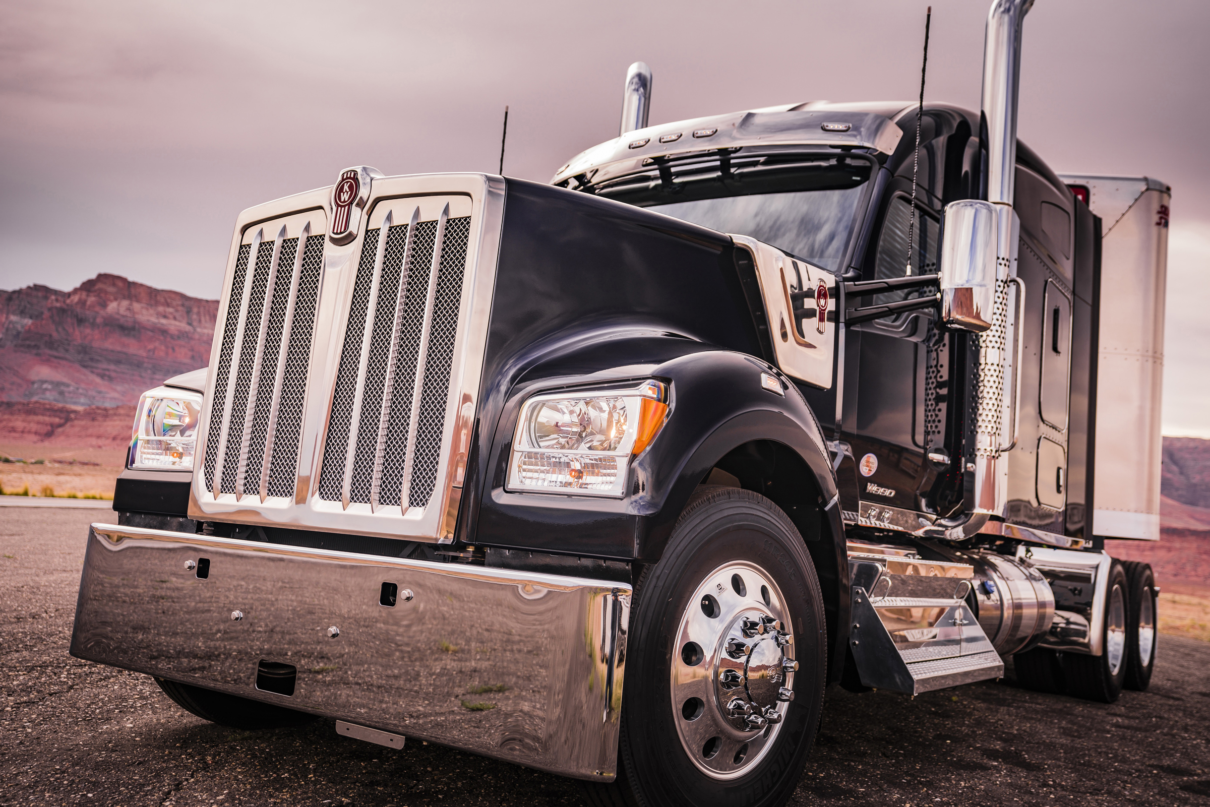 aa671f8fba586 The Kenworth W990 leverages the 67-year evolution of the iconic W900  platform to provide ...