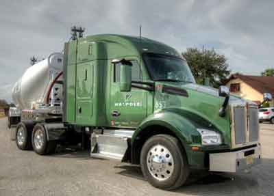 Bulk Hauler Walpole Earns Bulk Savings with Kenworth T880s and PACCAR MX-11 Engine
