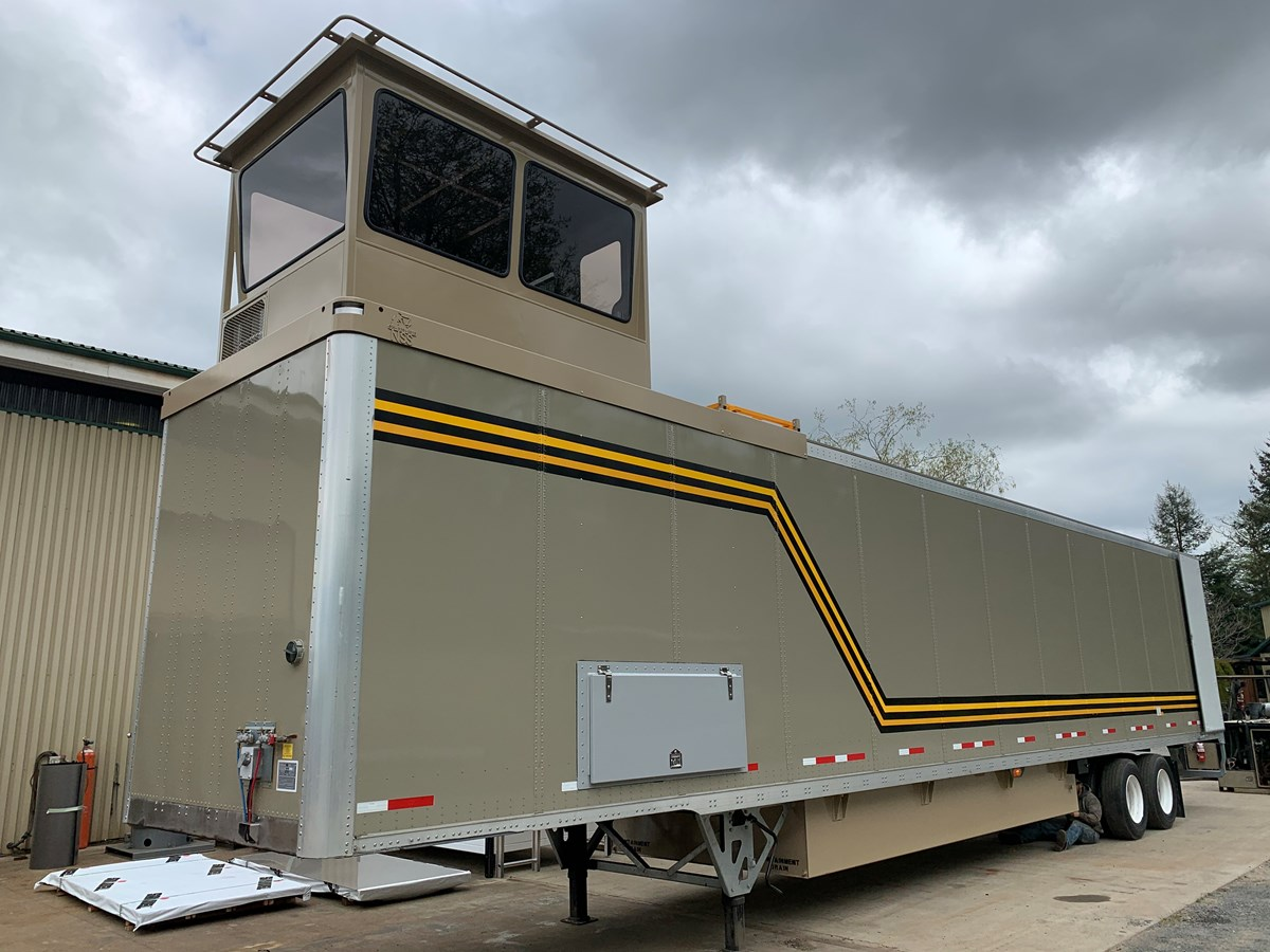 Lonetrack Powervan