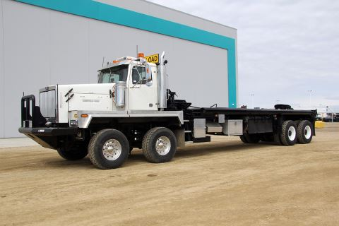 "2007 Western Star 6900XD 385"" Day Cab Twin Steer Sisu Rears Bed Truck"