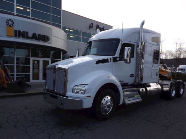Trucks - Highway/Sleeper For Sale - New and Used | Supply