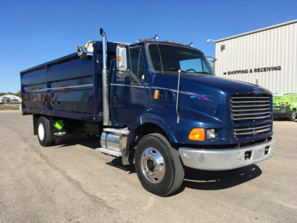 1997 Ford F750