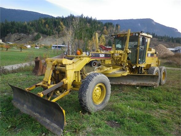 2002 Caterpillar 160H VHP